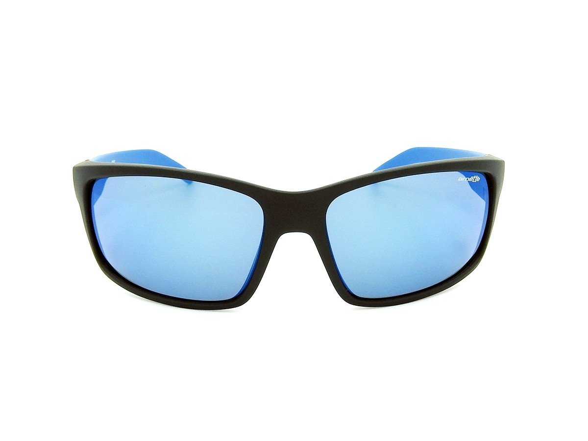 13b5658763 Men Curved sunglasses Mat, Black color with lens only €79.00